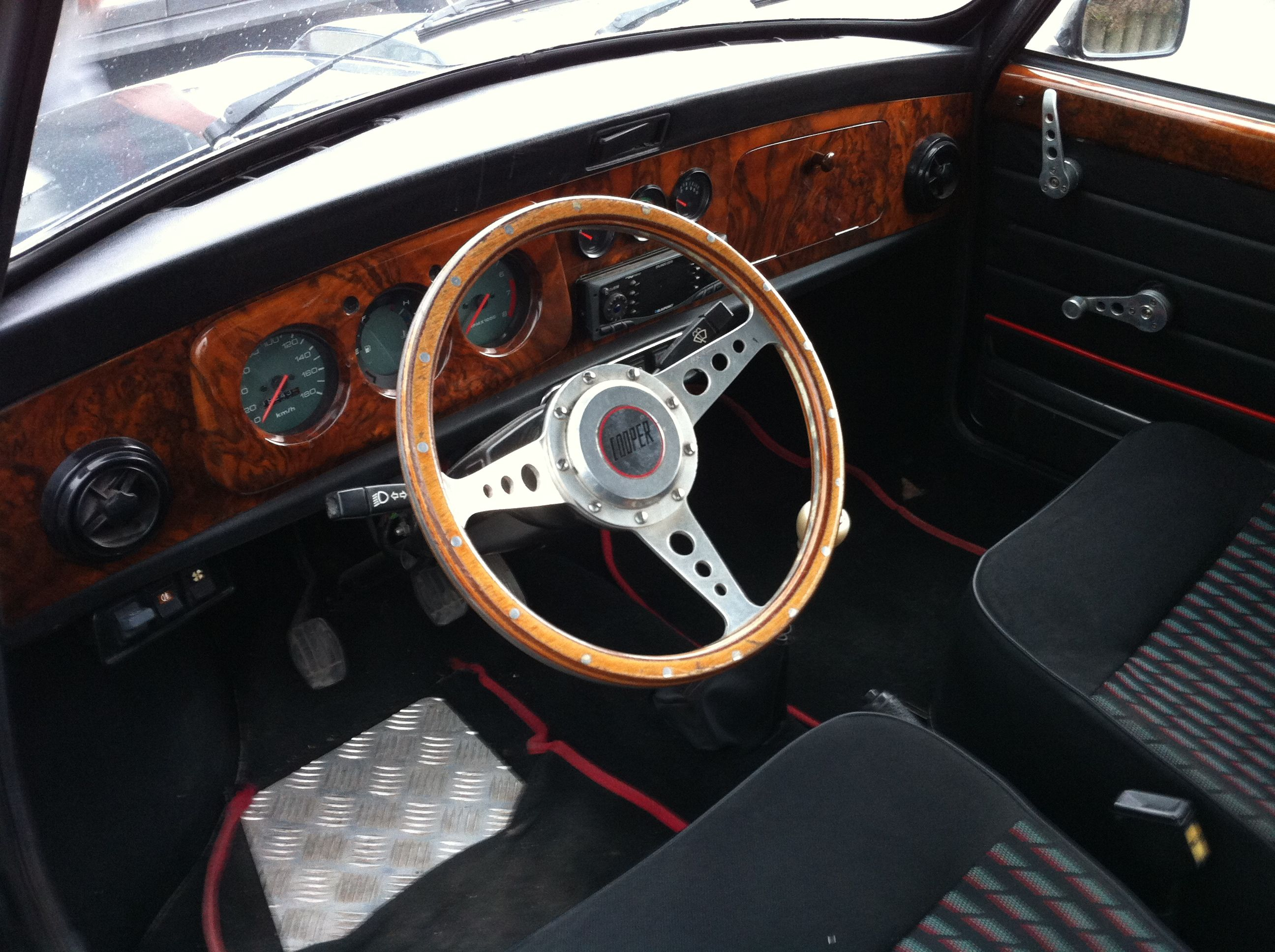 Li geois en mini 1000 de 1979 peut tre for Interieur 80 s