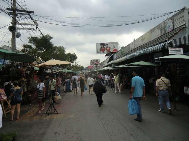 ein Hauptweg auf dem Markt