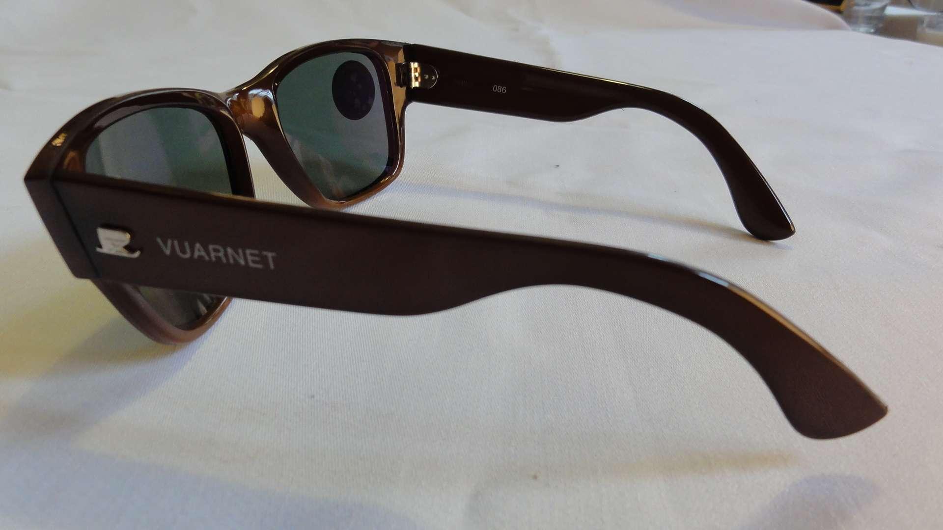 reflective wayfarer sunglasses  vintage sunglasses